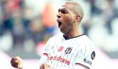 Hollanda Ekibi Ajax, Ryan Babel'e Talip Oldu